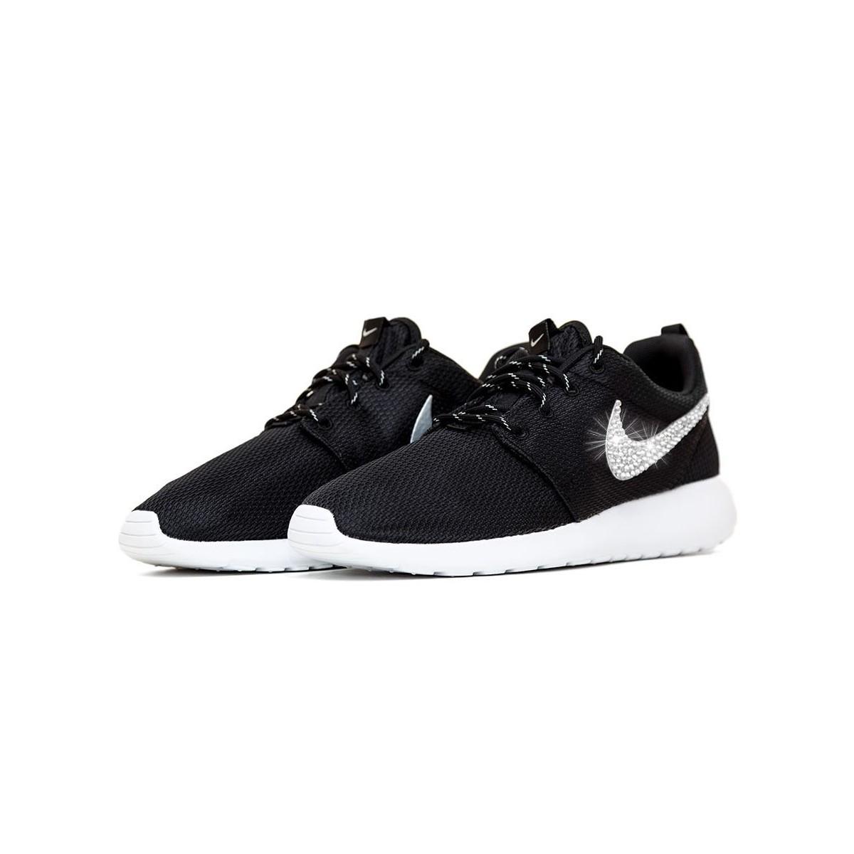 sports shoes f2cf6 0b464 ... NIKE ROSHE ONE personalizzate con strass Preciosa